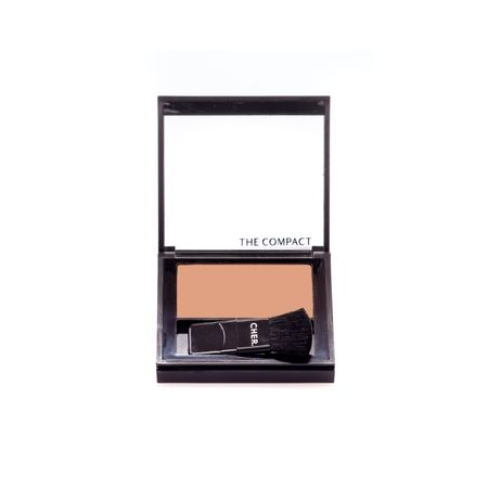 7798201236870_CHER-THE-COMPACT-BRONZER_01